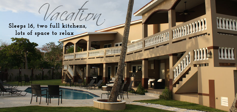 Vacation - Sleeps 16, two full kitchens